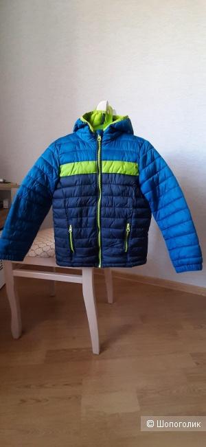 Куртка, дождевик, толстовка. 5-6 лет