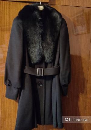 Зимнее пальто Vesh, размер 44 (170-88-96)