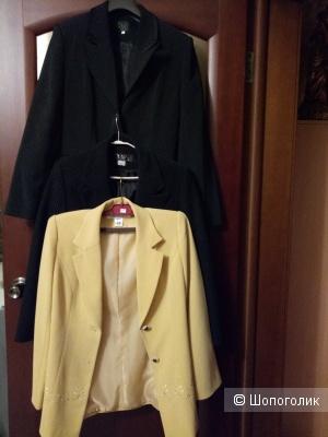 Лот из 3-х пиджаков, размер 46-48 рос