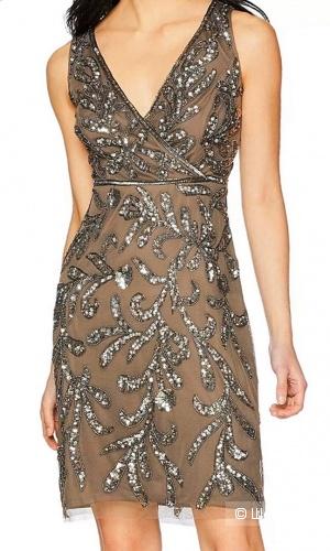 Платье от Adrianna Papell М