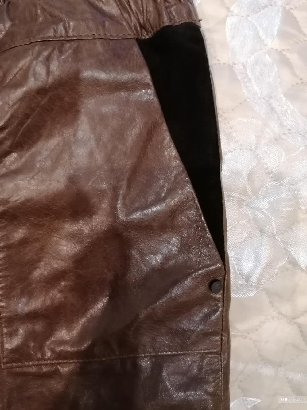 Кожаные шорты Karl Lagerfeld 44 итальянского размера