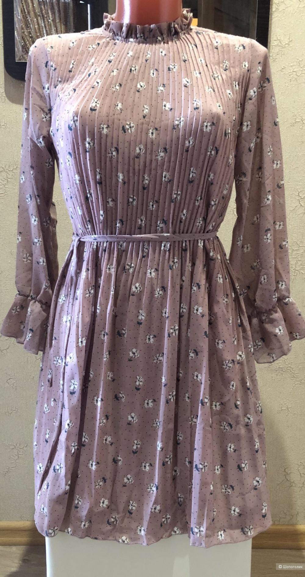 Женское платье р.42-44