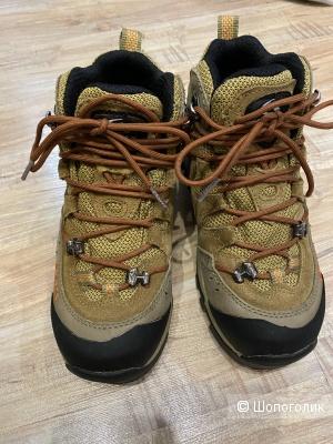 Зимние ботинки для мальчика Clorts, размер 35. На рос. 34