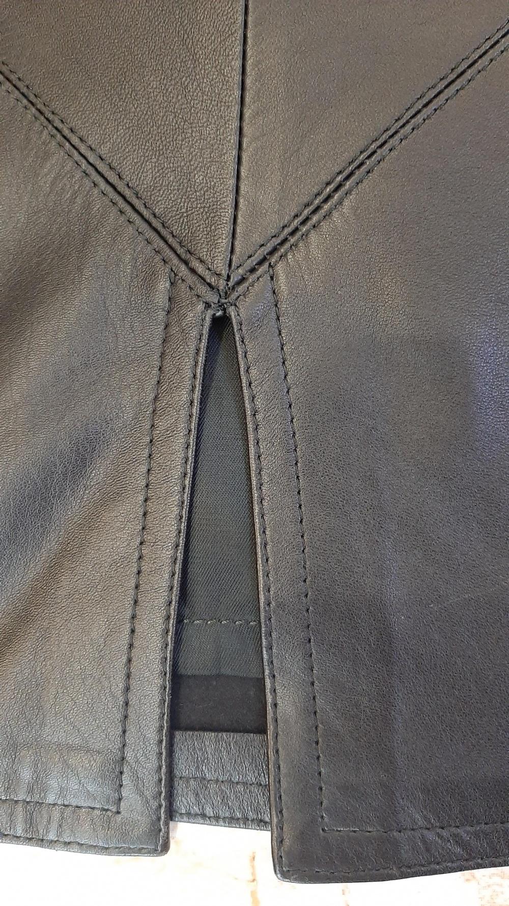 Кожаная юбка Италия 44 размер
