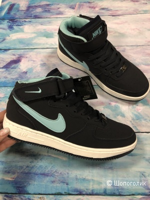 Женские кроссовки Nike,зима . р.36-40