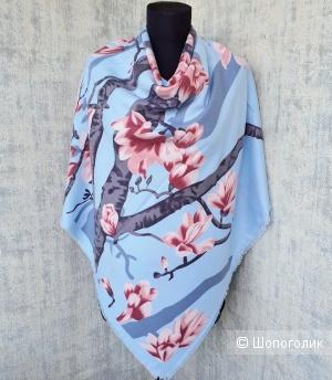 Шаль Givenchy (платок\палантин) голубой