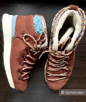 Ботинки Nike 38