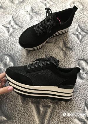 Женские кроссовки на платформе р.39