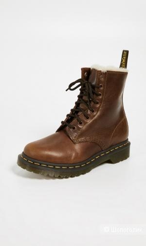 Утепленные ботинки Dr Martens, размер EU37/US6/UK4