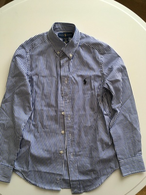 Рубашка на мальчика Ralph Lauren,10 размер НОВАЯ