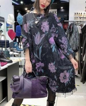 Платье с кружевом Wendy Trendy , 48-54