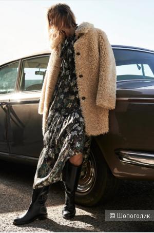 Платье Zara. Размер: М