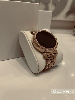 Смарт часы Michael Kors Sofie MKT5022