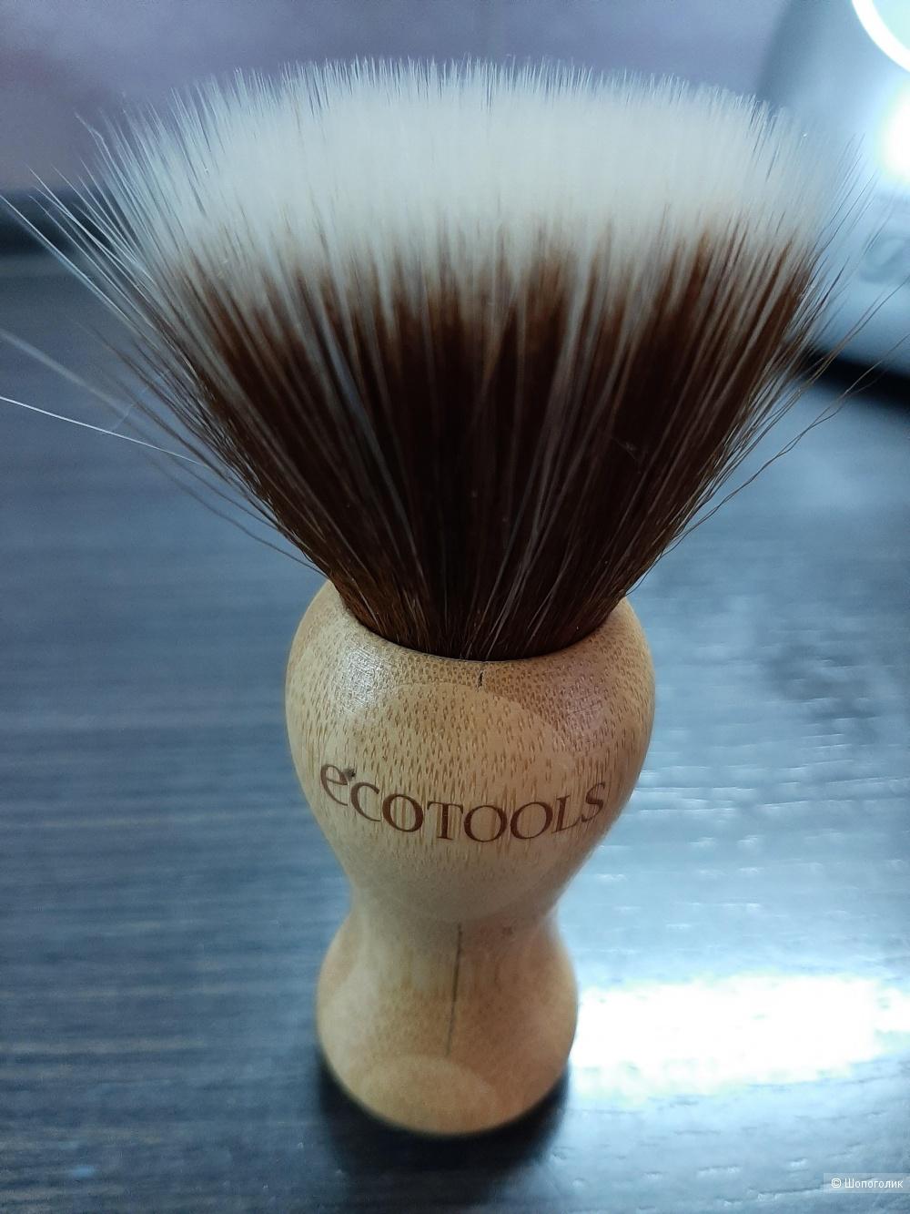 Кисть кабуки с бамбуковой ручкой EcoTools