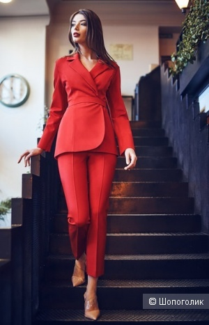 Пиджак красный из джерси 42-44