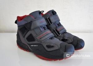 Ботинки Geox Amphibiox 36 размер (37 EU)
