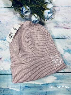 Женская шапка Loewe