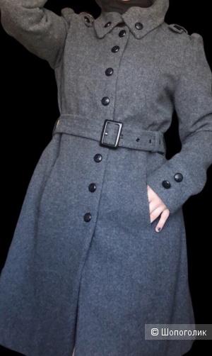 Пальто от Clock House