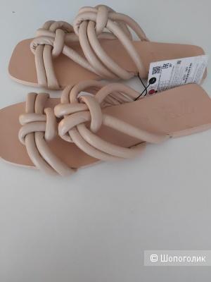 Кожаные шлепанцы/сандалии Zara 36-37 размер
