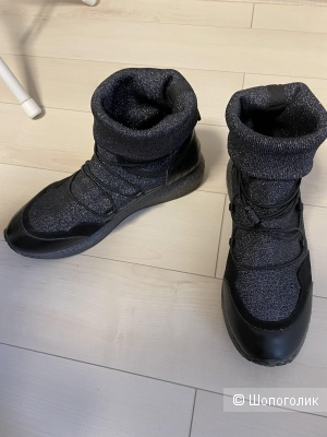 Ботинки кроссовки Carnaby размер 39