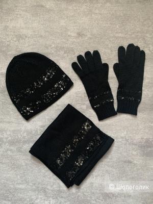Шапка, шарф и перчатки ACASTA
