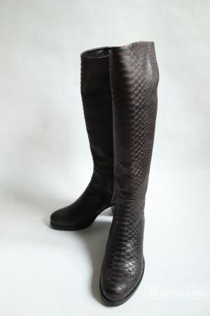 Кожаные коричневые сапоги Loriblu, Италия, размер 37,5