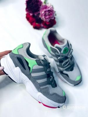 Кроссовки Adidas yung 37,37,5 и 38 размер