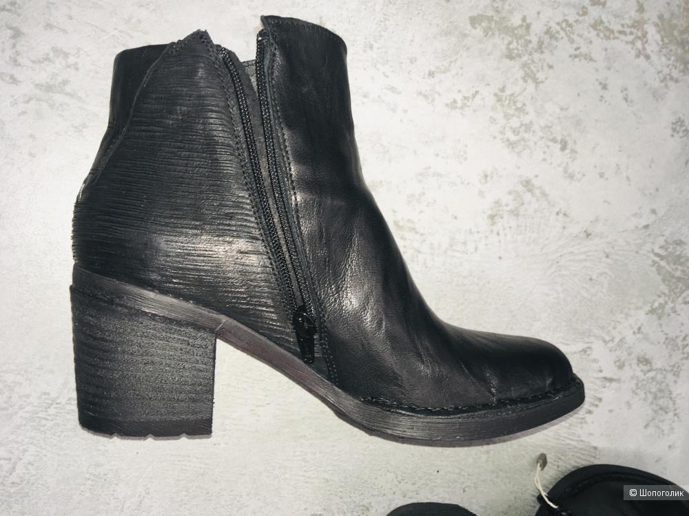 Кожаные ботинки Khrio размер 39