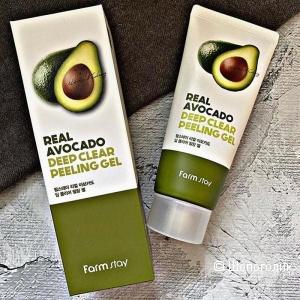 Пилинг-гель с экстрактом авокадо  FarmStay Real Avocado Deep Clear Peeling Gel