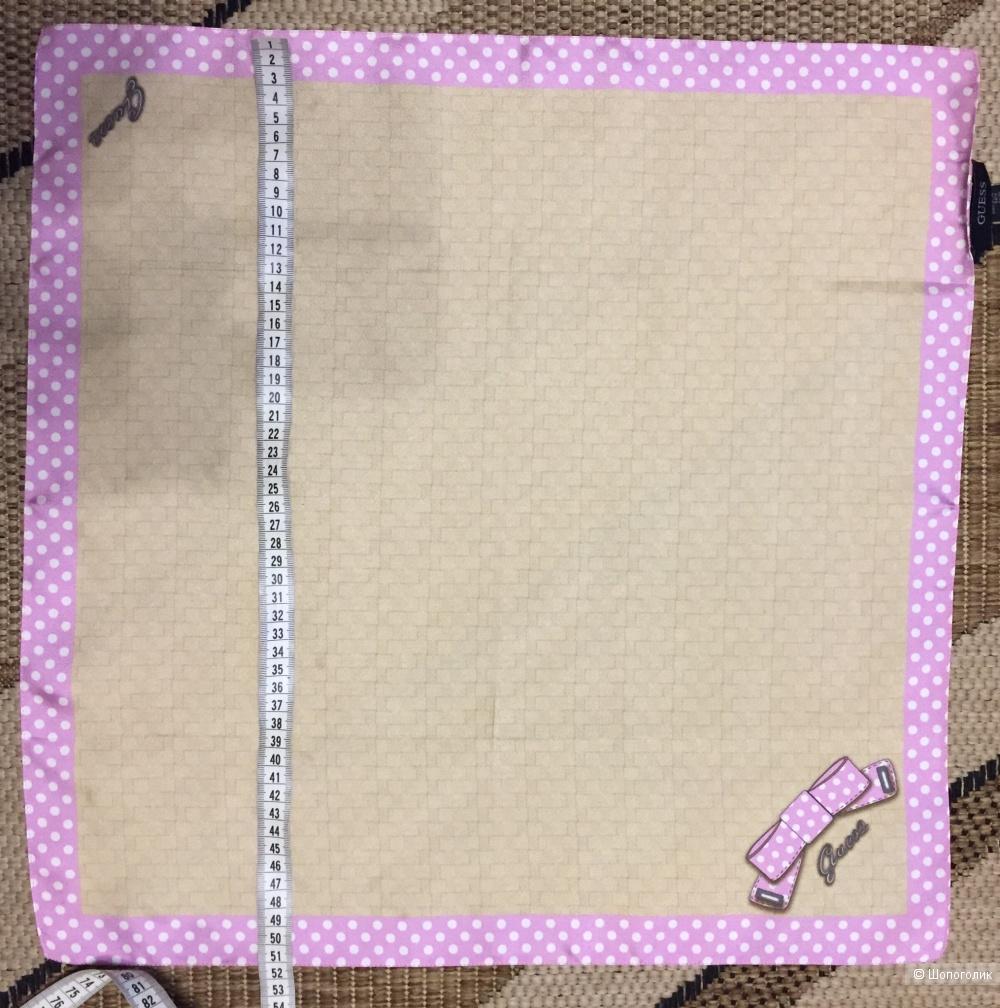 Платок Guess 51 x 51 см