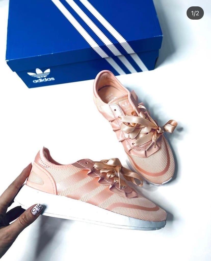 Кроссовки Adidas 37-38 Адидас