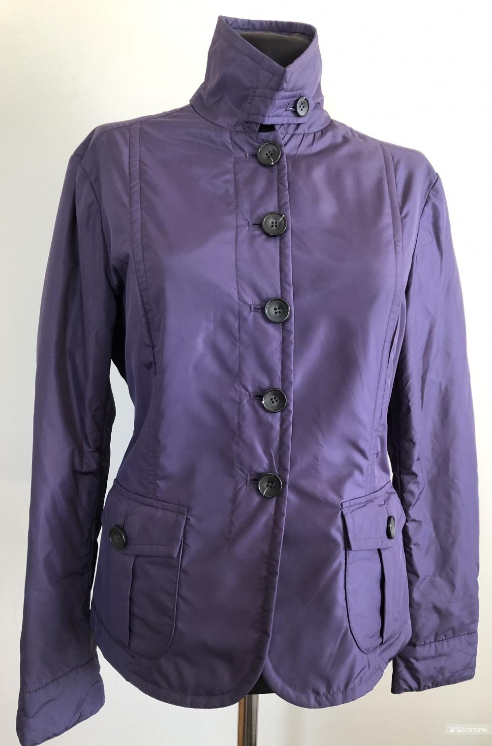 Куртка  Weekend Max Mara размер производителя 40 ( на 42-44 российский )