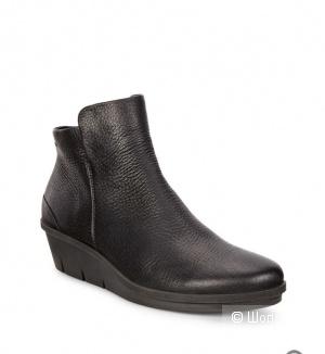Ботинки  Ecco  36 размер