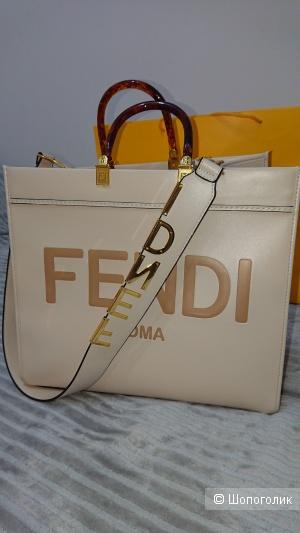 Женская кожаная сумка люксового качества Fendi