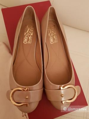 Туфли Salvatore Ferragamo, 35 размер