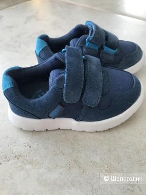 Детские кроссовки Ugg 22 размер