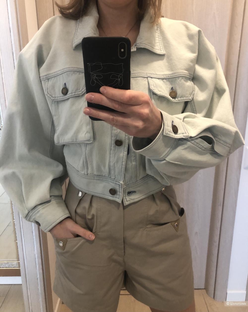 Куртка Alberta Feretti. Размер 42 it. (44)