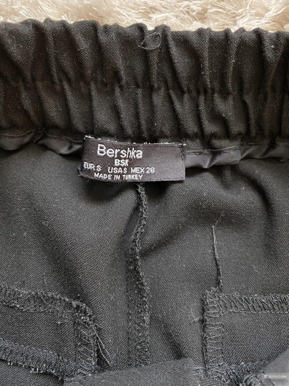 Брюки Bershka, размер S