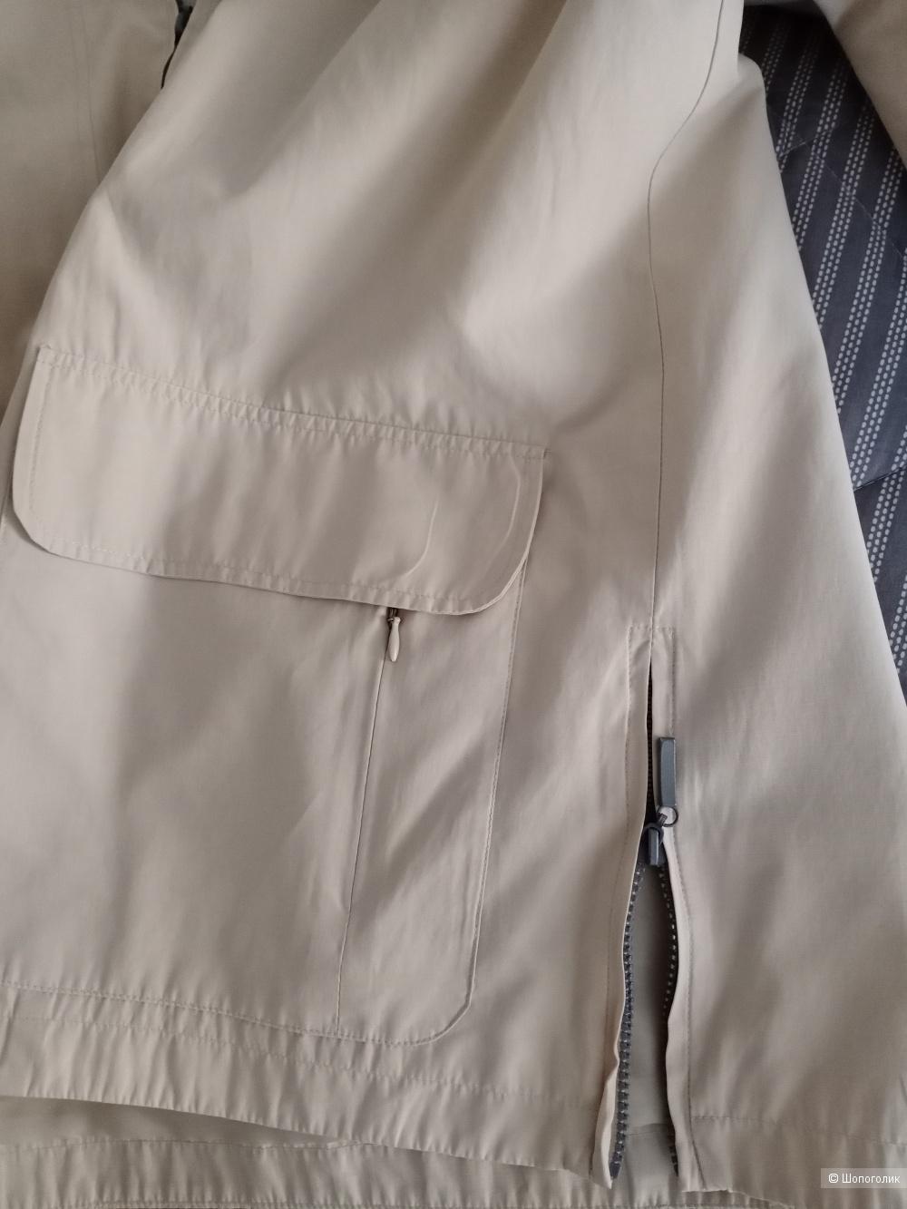 Куртка, ветровка VuniC,  50-52 размер