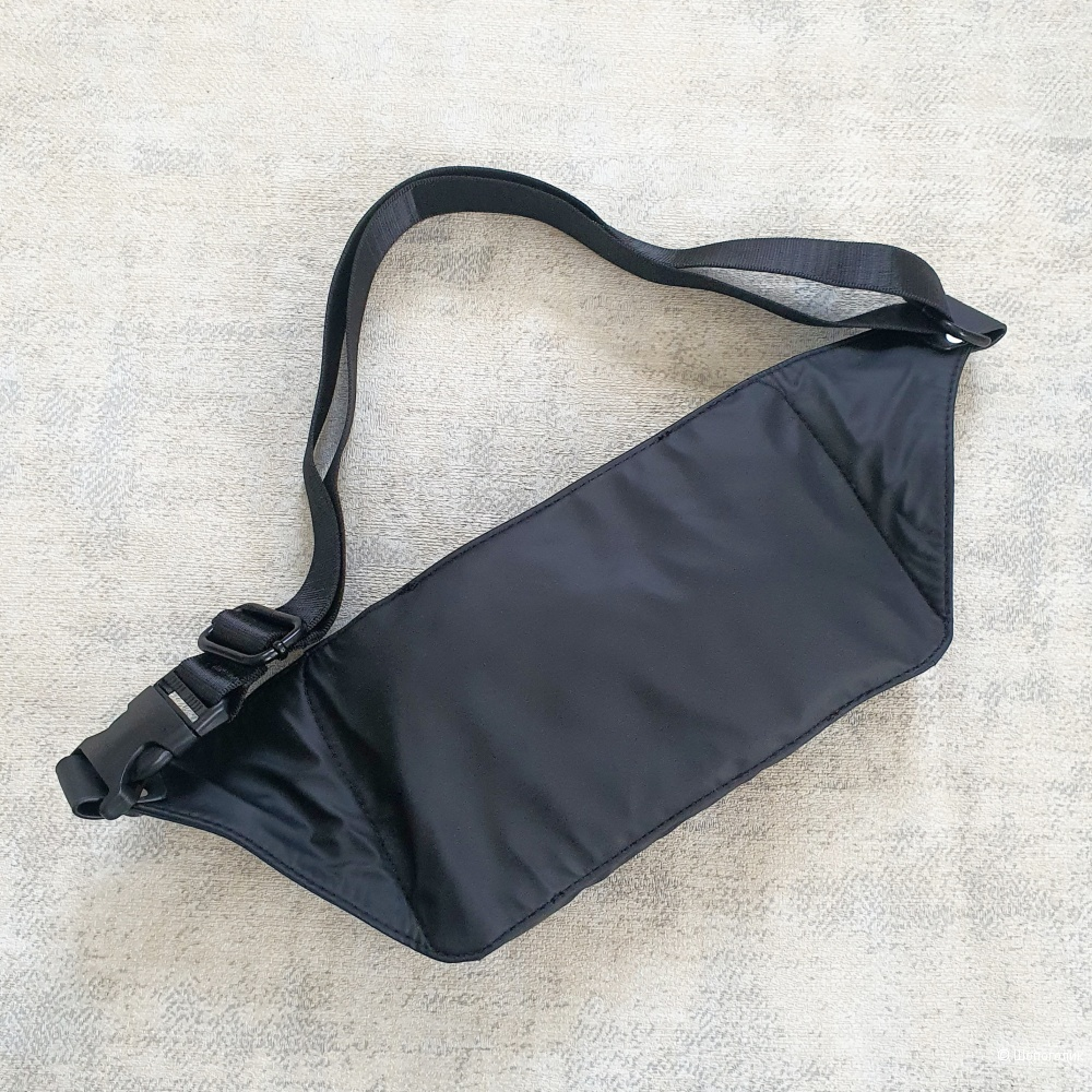 Поясная сумка Giorgio Armani