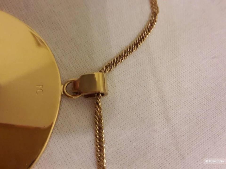 Кулон - медальон позолоченный Celine round disk pendant Селин