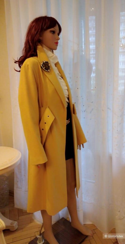 Пальто  Guess 42-44