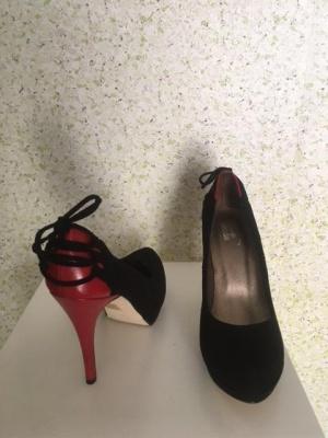 Туфли заказывались на немецком сайте ALBA MODA. Новые .Размер 39-40 (в зависимости от типа стопы) .
