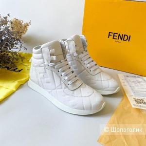 Кроссовки Fendi 39\40 размер