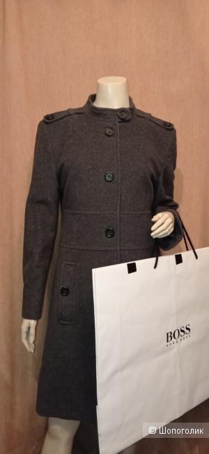 Пальто Hugo Boss 44/46 размер