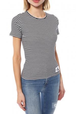 Футболка Calvin Klein Jeans, размер XS