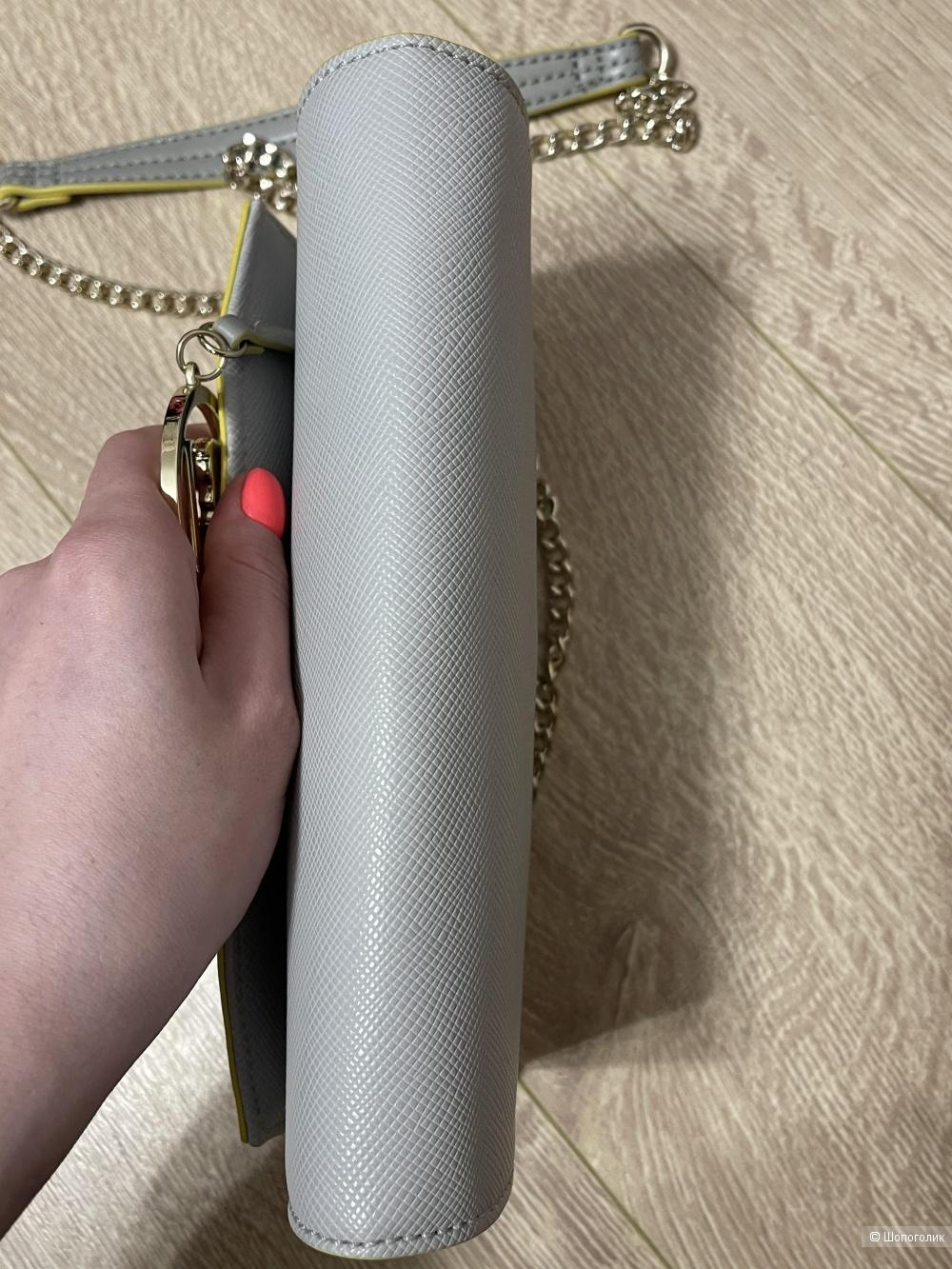 Сумка Trussardi jeans размер 22 на 15 см