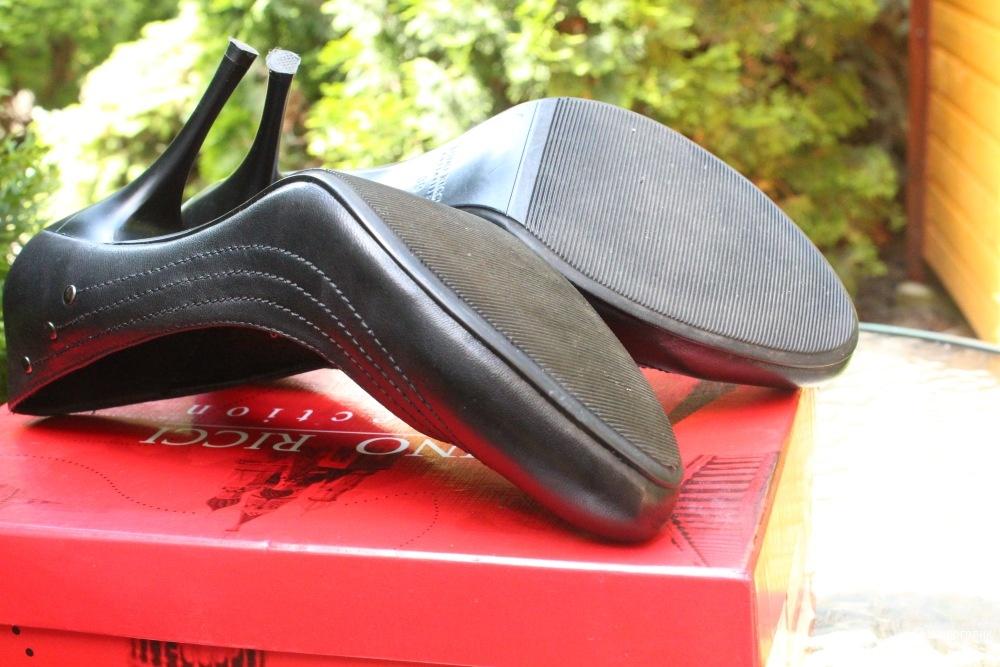 Офисные туфли Dino Ricci 38-39 размер