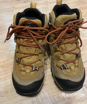 Ботинки для мальчика Clorts, р-р 35 на 34