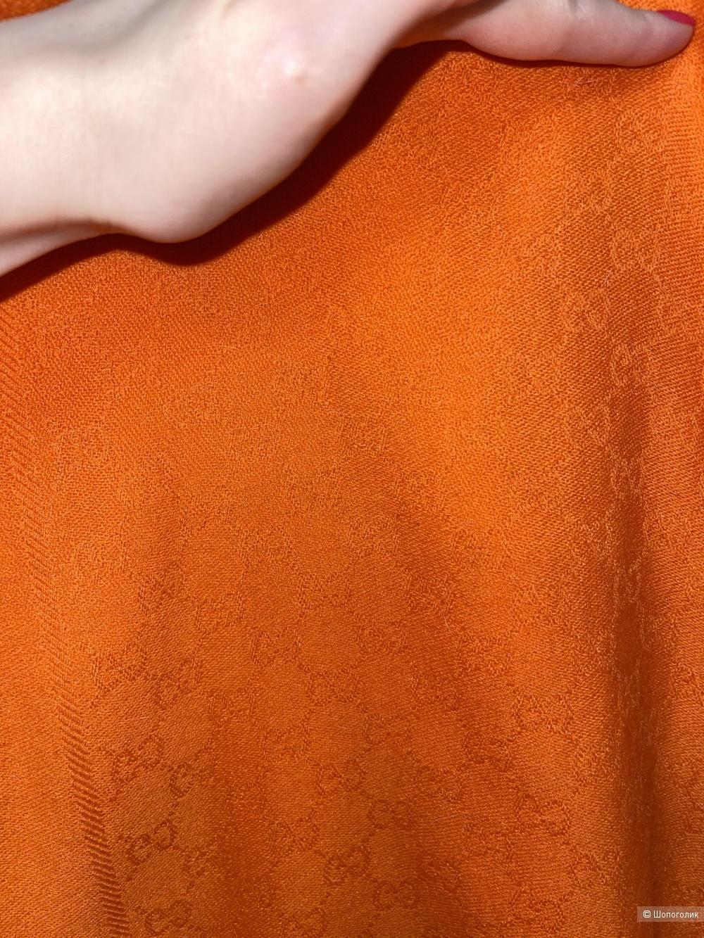Палантин Gucci размер 84 на 42 см